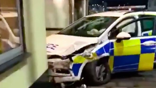 Cakes... Police car crashes into Chinese Restaurant 5