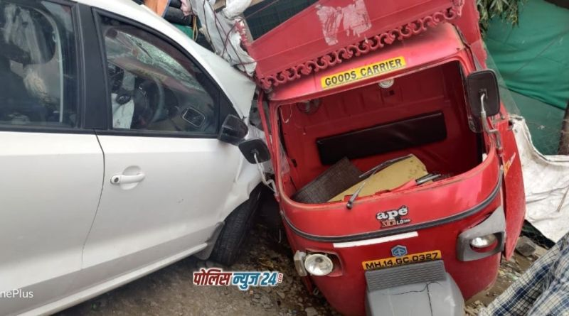 Retired Pune police officer crushes four while driving