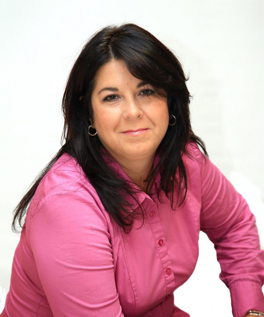 Mme Nathalie Bélanger, présidente