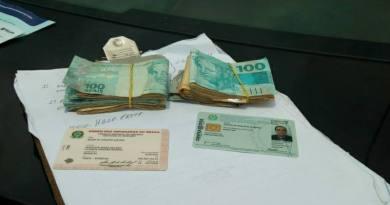 PF flagra advogado com R$ 6 mil para compra de votos