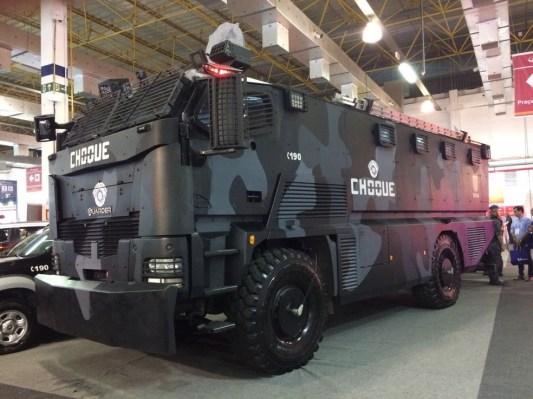 Blindado de 18 toneladas: saiba como é o caminhão do Choque da Polícia  Militar de SP por dentro – Policia Penal