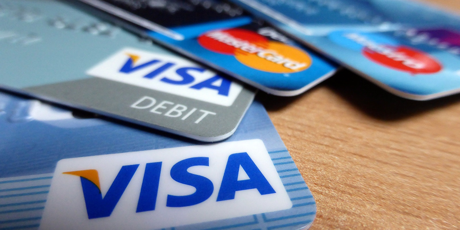 The main challenge many people with bad credit face when applying for a credit card is having a limited number of good options. 5 Things To Know Before You Start Gaming Credit Cards
