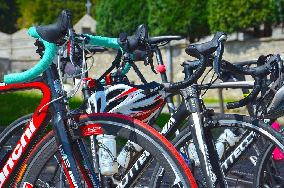 Justicia francesa investiga presencia de motores en el ciclismo