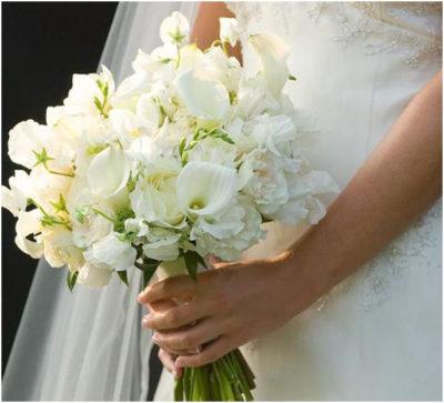 Букет невесты для свадьбы в белом цвете Москва