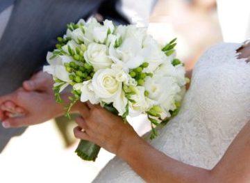 Букет невесты в белом цвете Долгопрудный