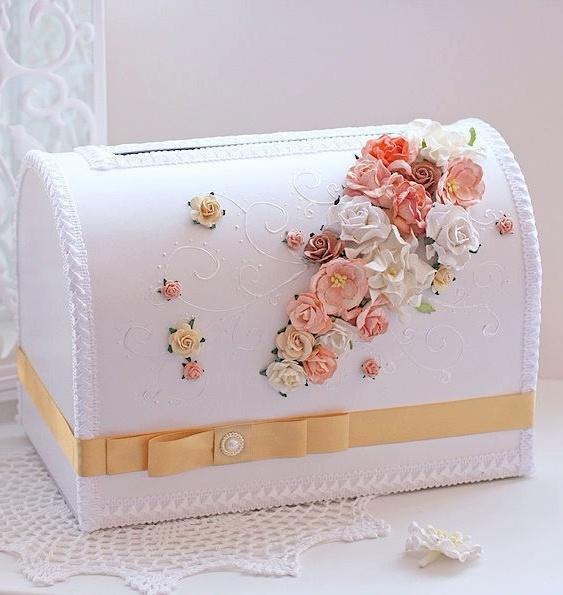 Сундучок для денег на свадьбу в персиковом цвете