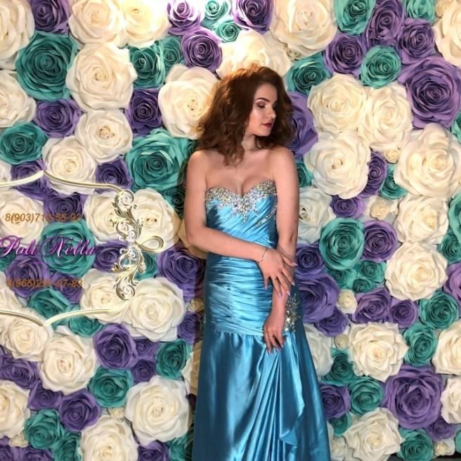 Купить фотозону из цветов Москва