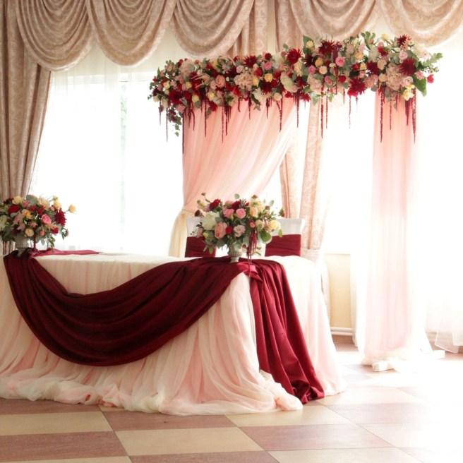 Украшение свадьбы тканью фатин