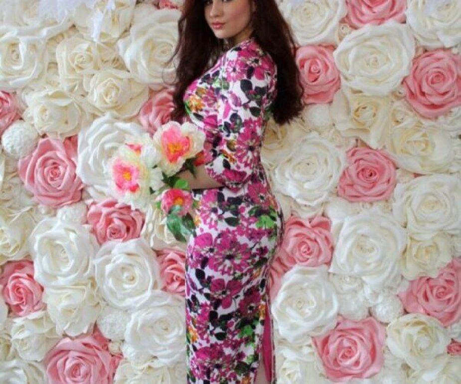 Фотозона в аренду бело-розовая Москва