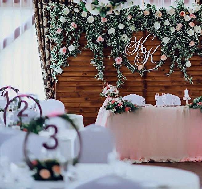 Свадебный зал в стиле рустик