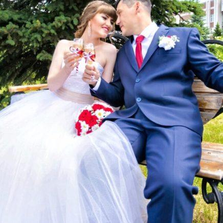 Фотограф на свадьбу заказать в Москве