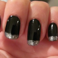 Nail Obsession - Black & Silver Nails for New Years
