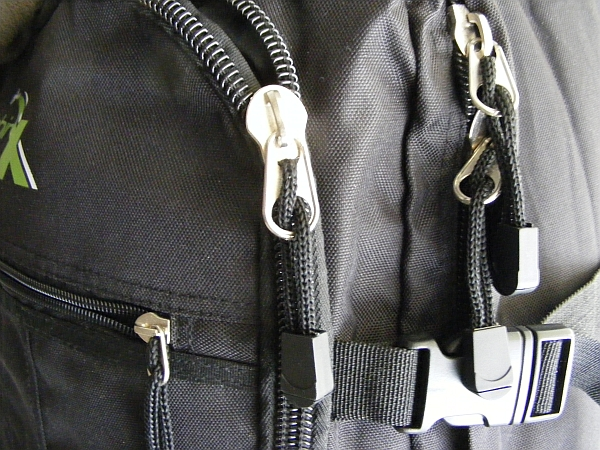 image of the quality zips and fasteners on the cabin max backpack