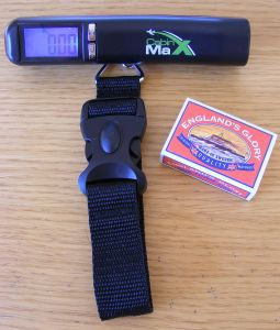 digital luggage scales cabin max or pocket travel scales