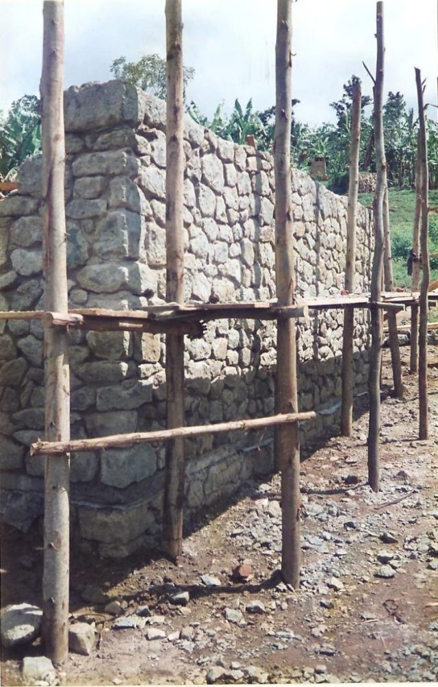 local scaffolding at wanale health unit in mbale uganda