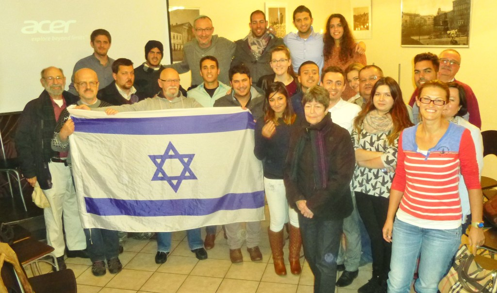 photo of Step by step class and Israeli visitors