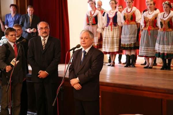 Udział Prezydenta RP w uroczystości wręczenia Kart Polaka w Ambasadzie RP w Wilnie