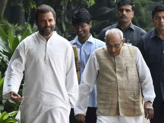 राहुल गांधी मोती लाल वोरा