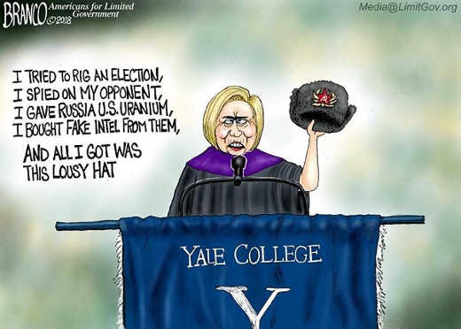 hillary-speech-russian-hat-yale-college