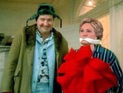 randy quaid cousin eddy christmas gfit hillary clinton in bow