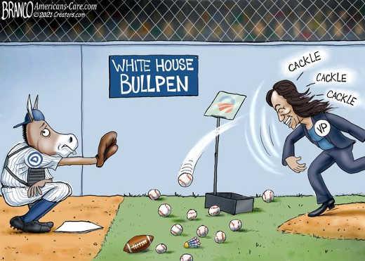 kamala harris white house bullpen cackle democrats