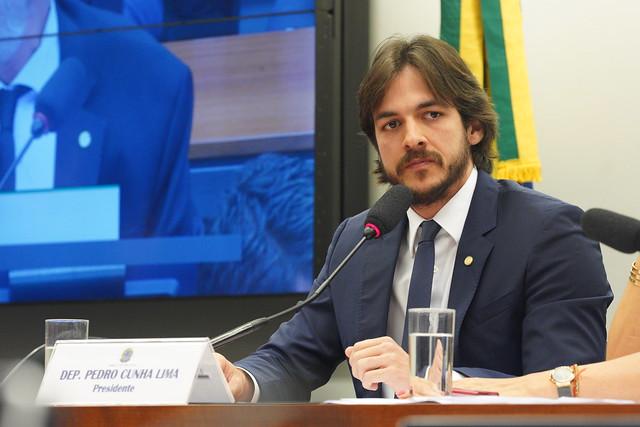 Com fim dos 'supersalários', deputado federal Pedro Cunha Lima quer agora acabar 'penduricalhos'