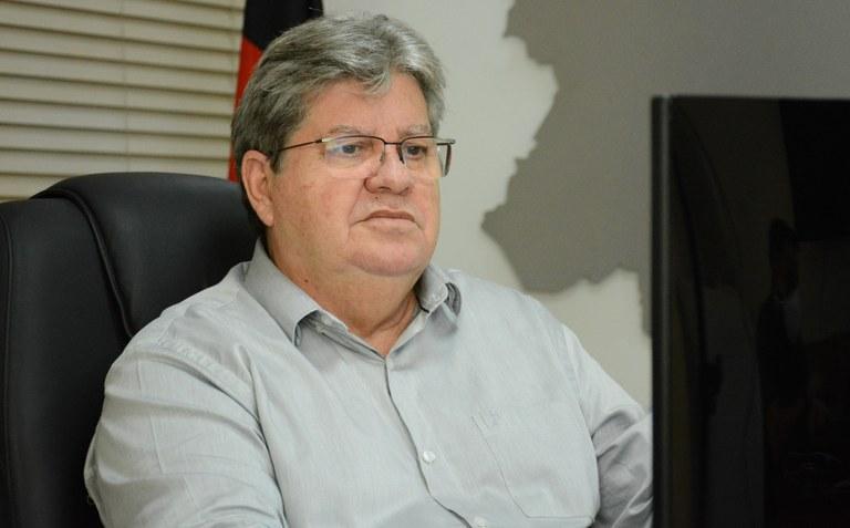 João Azevêdo desmente fakenews sobre privatização da Cagepa. Veja vídeo