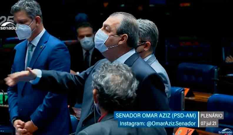 """""""Não me intimidem"""", diz Omar Aziz às Forças Armadas sobre nota à CPI da Covid. Veja vídeo"""