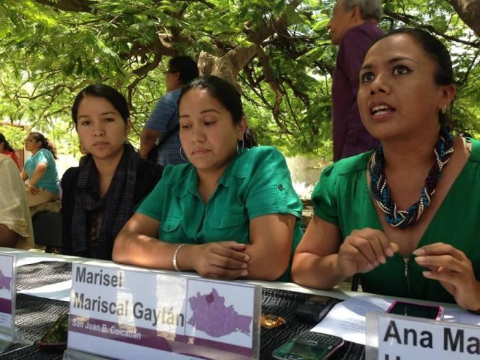 Unión por las mujeres de la Cañada Oaxaqueña.