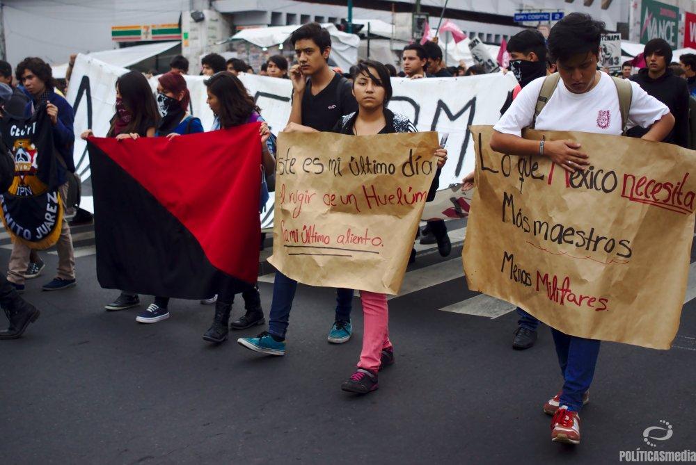 Marcha conmemorativa del 45 aniversarío del Halconazo | Fotografía: Antonio Hernández.