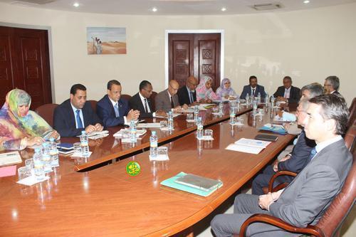 موريتانيا تطلب رسميا استيراد السيارات الجزائرية