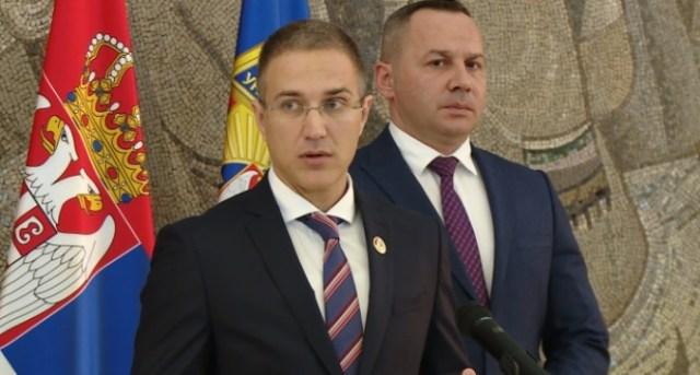 Stefanović poručio starijima: Ne nasedajte na različite ponude prevaranata