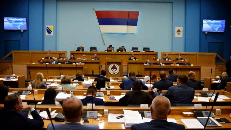 Parlament RS usaglasio zaključke: Odbacuje Inckov zahtev o oduzimanju odlikovanja