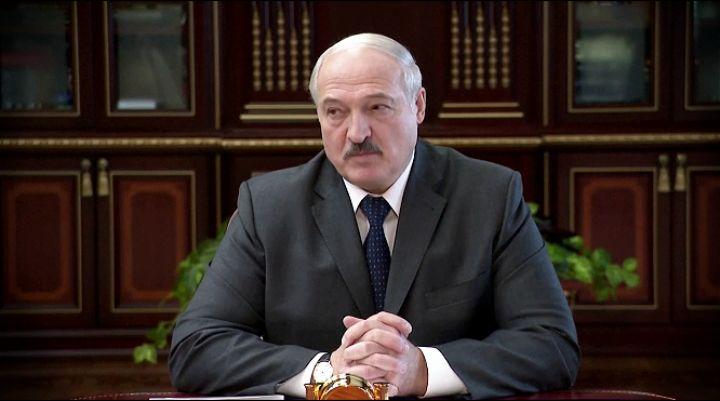 Lukašenko: Korona je dimna zavesa iza koje globalni igrači preraspodeljuju svet