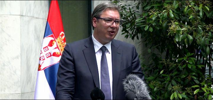 Vučić o koronavirusu: Ako se ne uozbiljimo, insistiraću na teškim merama