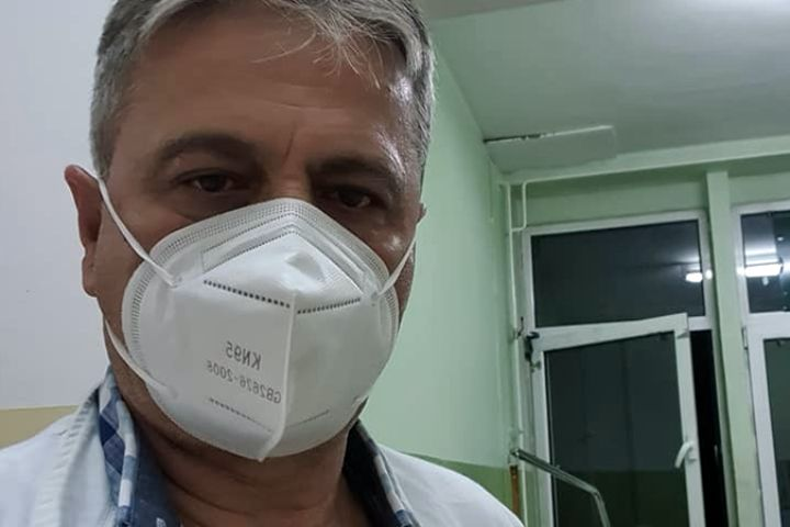 Hirurg iz Novog Pazara pisao Vučiću: Nije dovoljno da Vam samo bude žao, gazili ste duše naših mrtvih