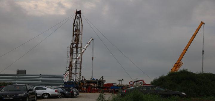 Noćna mora na Paliću: Rusi traže naftu, kopaju bušotine i terorišu meštane