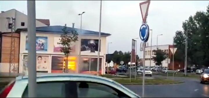 Bačen molotovljev koktel na parfimeriju u Novom Sadu – radnice bile unutra (VIDEO)