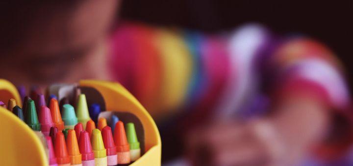 Još jedan slučaj koronavirusa u školama: Roditelji čekali rezultate PCR testa, dete ipak poslali u školu