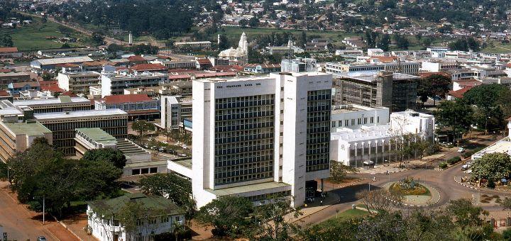 Uganda: Uhapšen sa glavom deteta ispred parlamenta