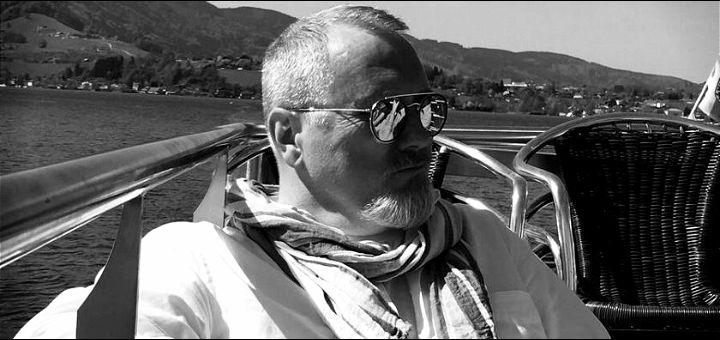 """Đorđe D. Sibinović: RAZVRAT - Od naivnog slobodara do besprekornog roba """"belog okovratnika"""", preduzetnika, obveznika, dužnika..."""