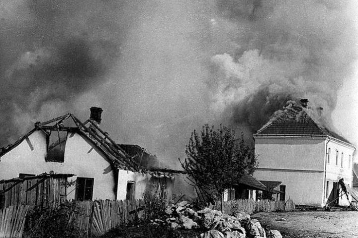 Sećanje na žrtve iz Kragujevca i ljotićevca Marisava, zločinca po ljudskim, pravnim i božijim merilima