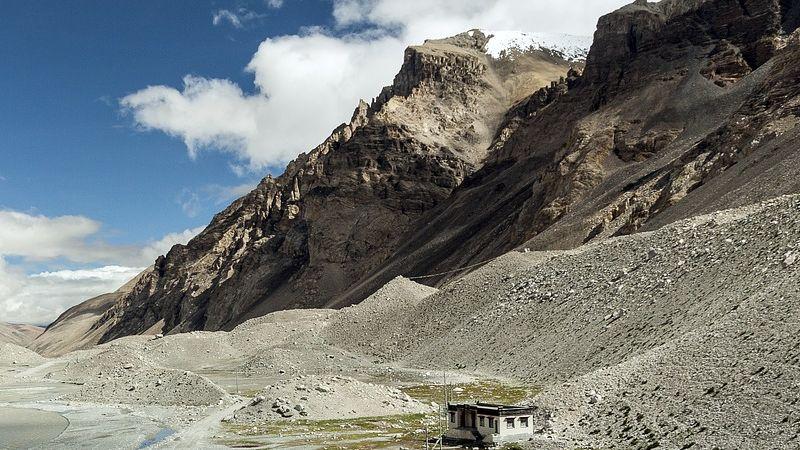 Mont Everest više nije visok 8.848 metara