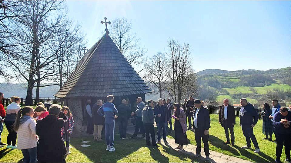 Danas su Cveti: Đorđević na liturgiji u Takovu