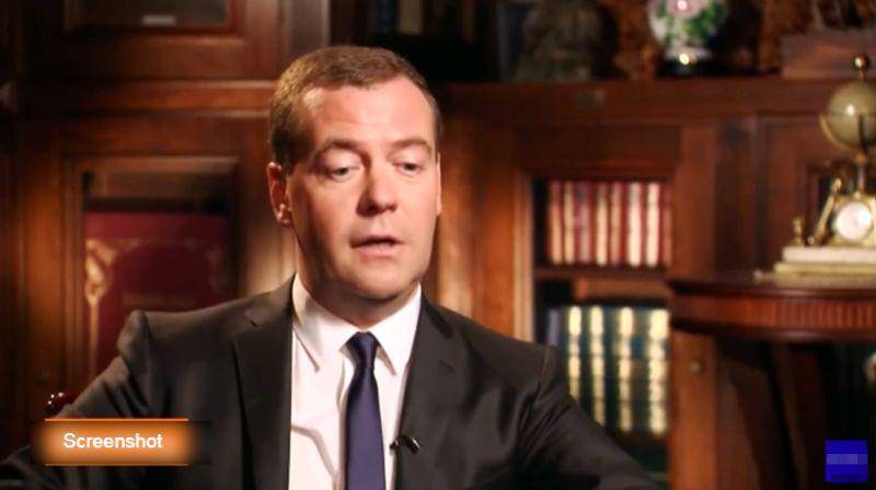 """Medvedev: Novi """"hladni rat"""" Rusije i Amerike"""