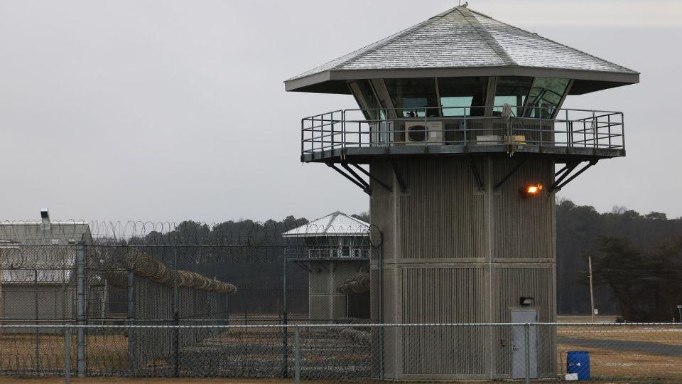 Filmski beg iz zatvora u Kruševcu; Oglasio se begunac: Kopao sam rupu kašikom