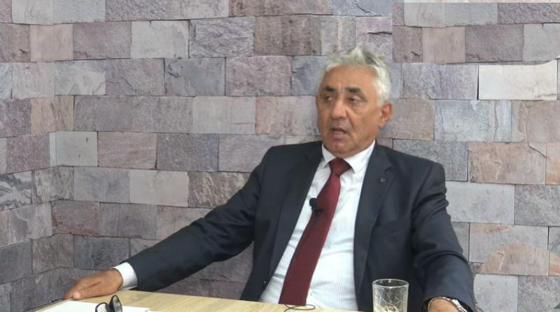 Simonović: Asfaltiranje puta do Belivuka mogli da narede Miličković ili Vesić