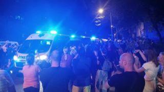 Protest građana zbog odluke suda da se vozač koji je usmrtio dečaka brani sa slobode (VIDEO)