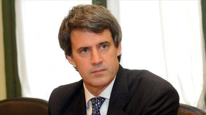 Prat Gay realizó observaciones a la gestión de Macri