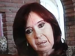 CFK viaja a Cuba a visitar a Florencia Kirchner
